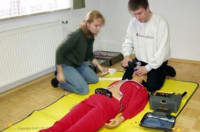 AoFAQ Level 2 Award in Cardiopulmonary Resuscitation (CPR) and Automated External Defibrillation (AED)